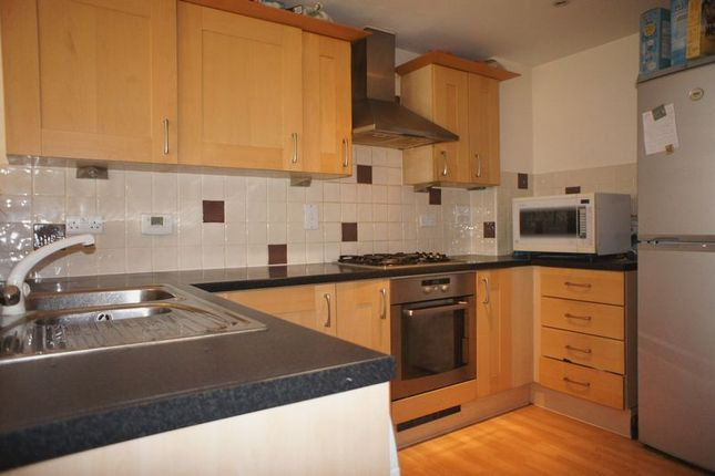4 bed terraced house for sale in Dreadnought Close, Colliers Wood, London