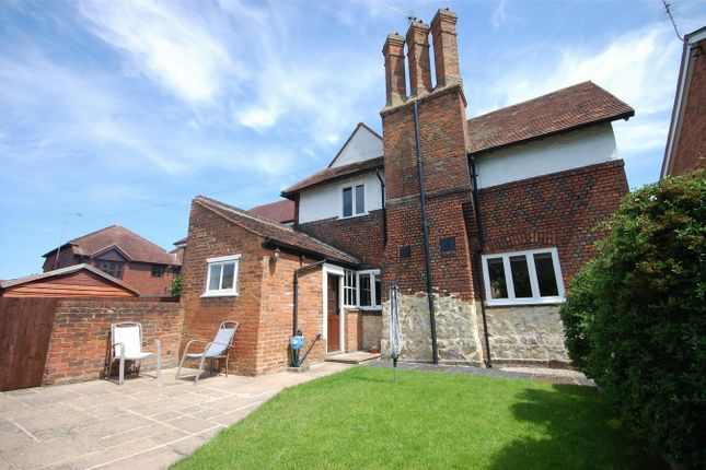 Thumbnail Detached house for sale in Friarage Road, Aylesbury, Buckinghamshire