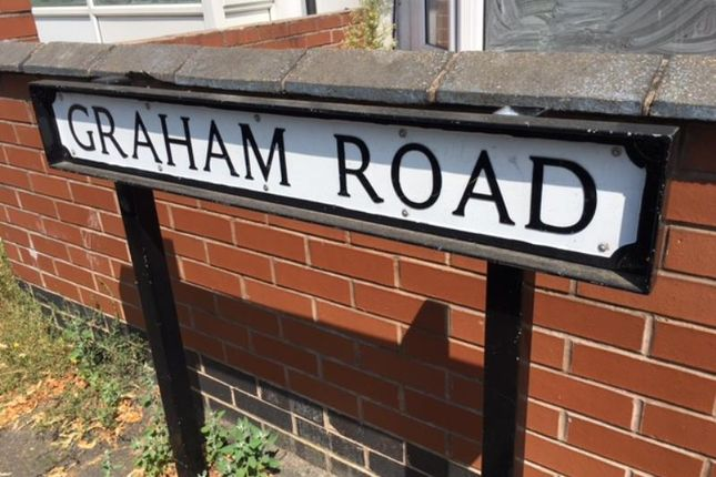 Thumbnail Terraced house to rent in Graham Road, Rugby, Warks
