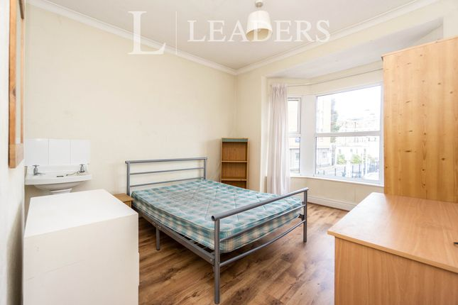 Room to rent in Queens Road, Chester CH1