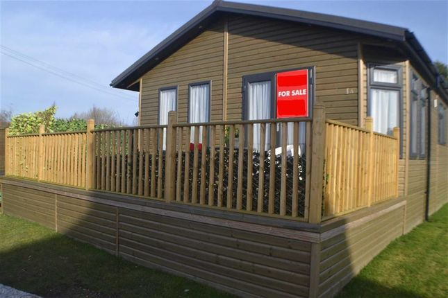 Thumbnail Mobile/park home for sale in Ashby Woulds Park, Spring Cottage Road, Overseal