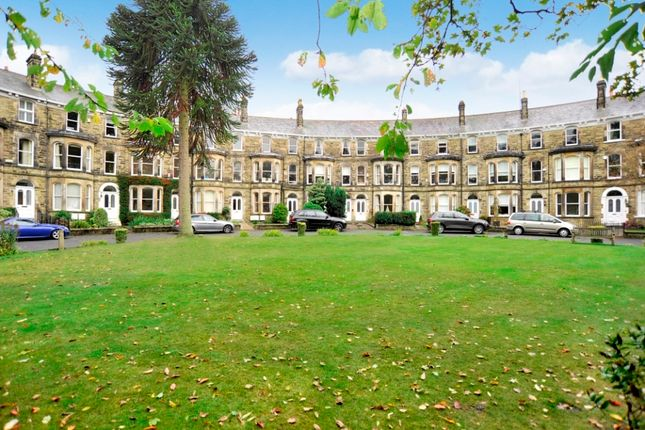 Thumbnail Flat to rent in Royal Crescent, Harrogate