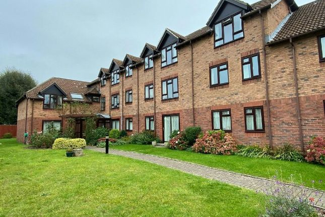Thumbnail Flat for sale in Woodborough Drive, Winscombe