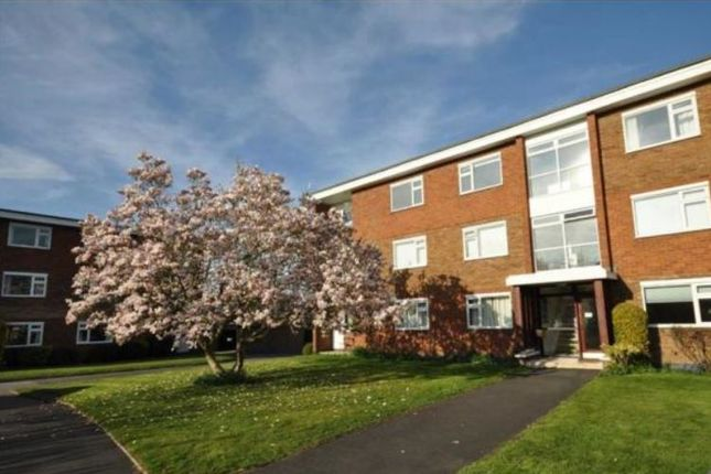 Thumbnail Flat to rent in Beverley Road, Leamington Spa