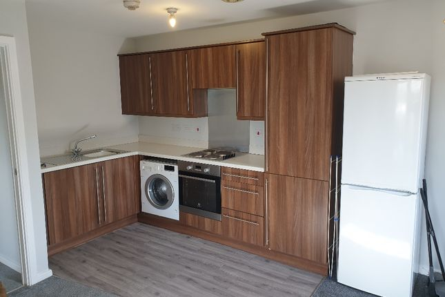 2 bed flat to rent in St Johns House, Robinson Road, Ellesmere Port CH65