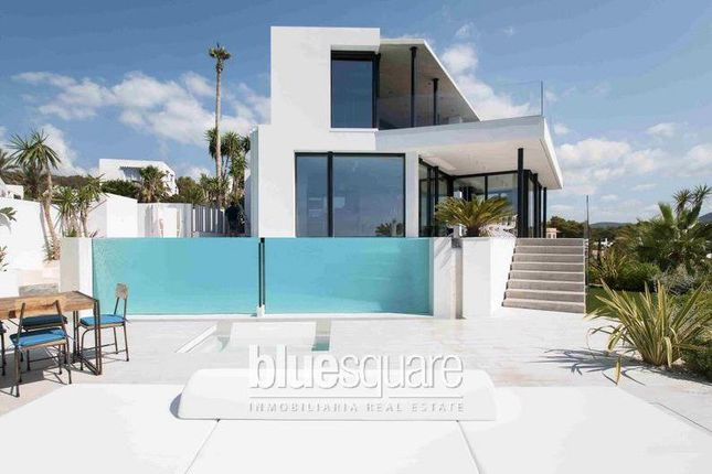 Thumbnail Villa for sale in Spain