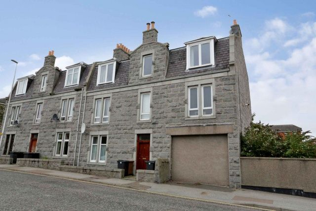 Thumbnail Flat for sale in 52 Ashgrove Road, Aberdeen