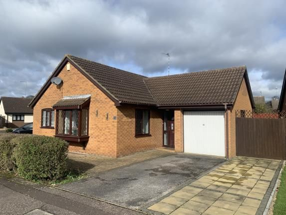 Thumbnail Bungalow for sale in Thorpe Lea Road, Peterborough, Cambridgeshire