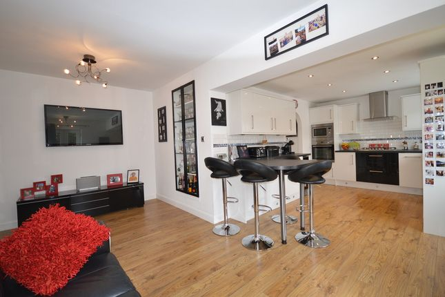 Thumbnail Semi-detached house for sale in Meanwood Avenue, Blackpool