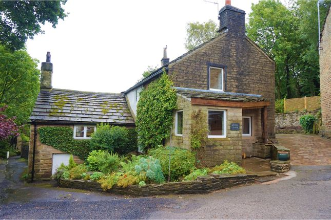 Thumbnail Detached house for sale in 93 Simmondley Village, Glossop