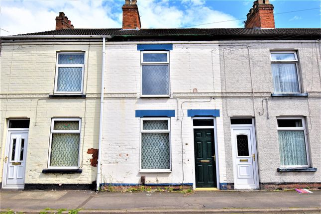 Thumbnail Terraced bungalow to rent in North Parade, Scunthorpe