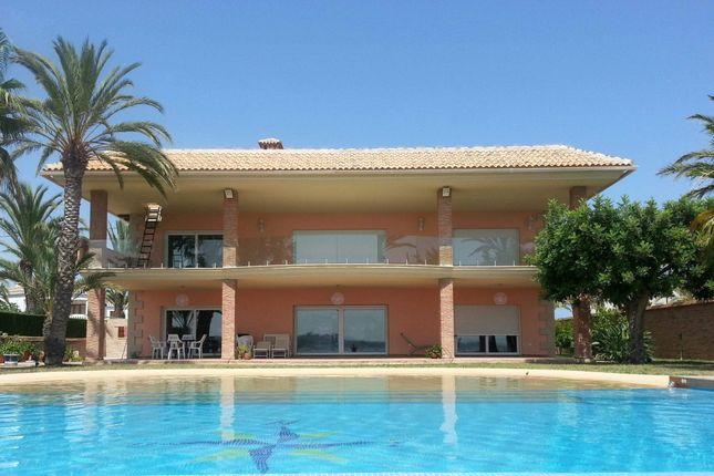 Thumbnail Villa for sale in Cabo Roig, Spain