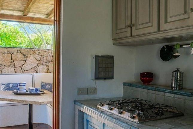 Thumbnail Villa for sale in Arzachena Via Del Cardellino 16, Arzachena, Olbia-Tempio, Sardinia, Italy