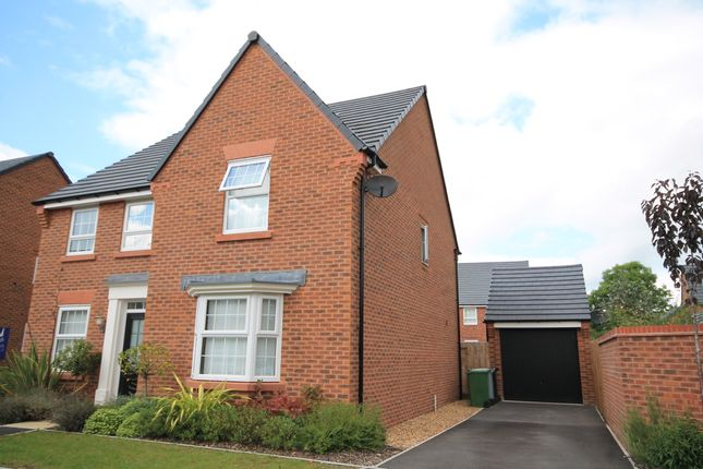 4 bed detached house to rent in White Iris Place, Stapeley Gardens, Nantwich CW5
