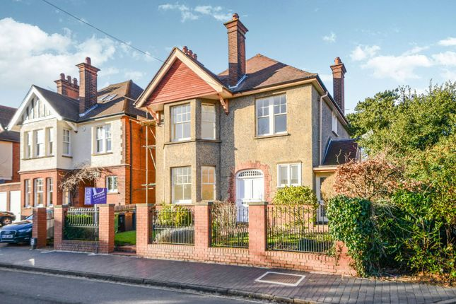 Thumbnail Detached house to rent in Avenue Road, St.Albans