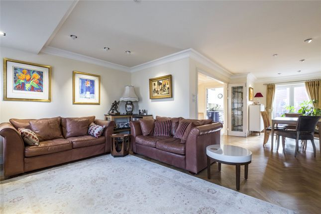 Thumbnail Terraced house for sale in Bermondsey Wall East, London