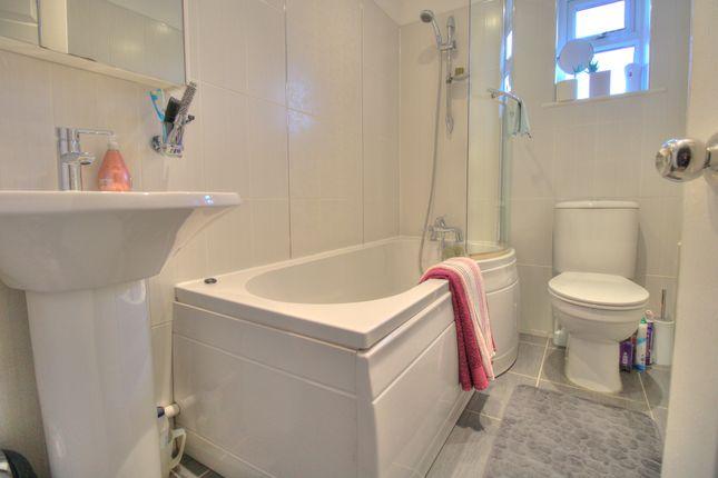 Bathroom of Rochester Gardens, Rodley, Leeds LS13