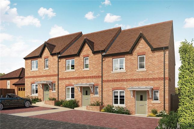 2 bed end terrace house for sale in Woodhurst Park, Warfield, Berkshire RG42