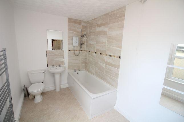 Bathroom of Charles Street, Milford Haven SA73