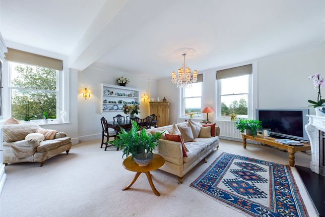4 bed flat for sale in High Street, Hassocks, West Sussex BN6