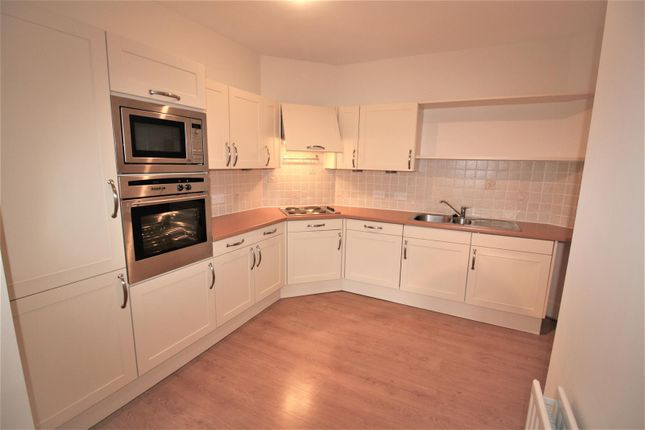 Thumbnail Flat to rent in Spruce Avenue, Lancaster