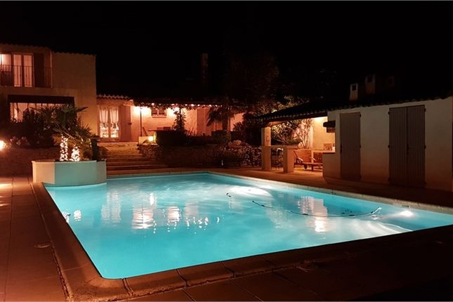 4 bed property for sale in Provence-Alpes-Côte D'azur, Bouches-Du-Rhône, Eguilles