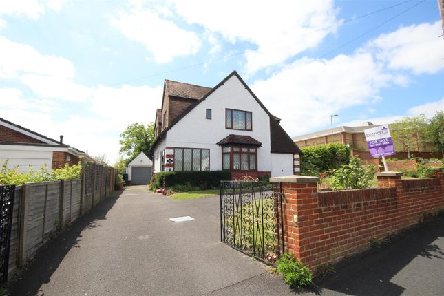 Thumbnail Detached house for sale in Spur Road, Waterlooville