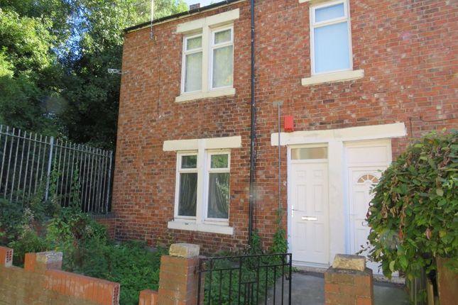 4 bed flat for sale in Denwick Avenue, Lemington, Newcastle Upon Tyne NE15