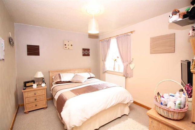 Bedroom 1 of Ffordd Garnedd, Y Felinheli LL56