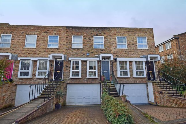 3 bed terraced house for sale in Shaftesbury Way, Twickenham