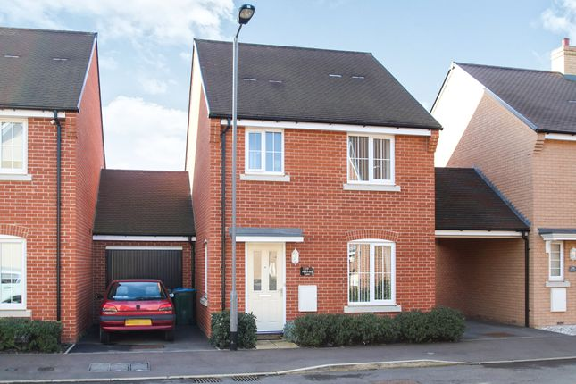 Thumbnail Link-detached house for sale in Hertford Lane, Aylesbury