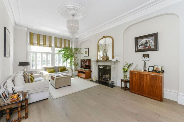 Thumbnail Detached house to rent in Gordon Road, Ealing, London