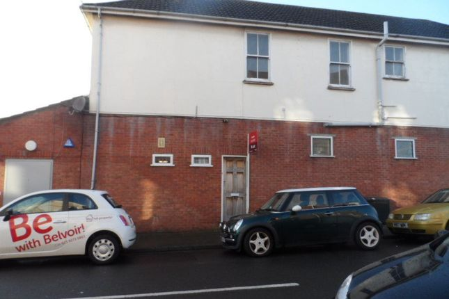 Thumbnail Flat to rent in Highland Road, Southsea, Hampshire