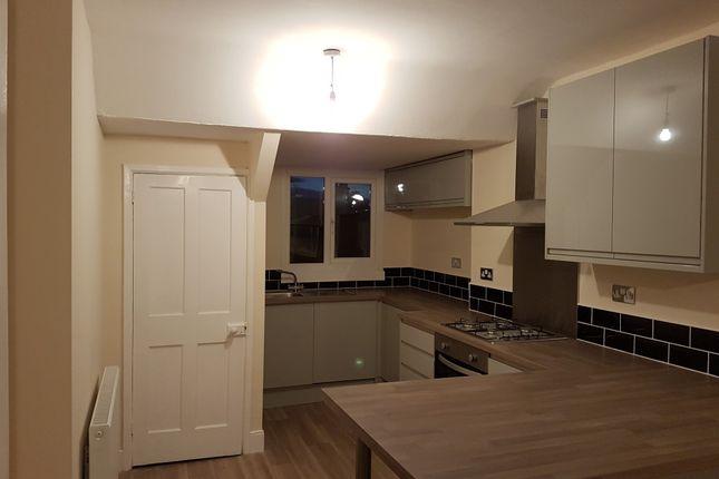 Thumbnail Flat to rent in Osborne Road, Newcastle Upon Tyne