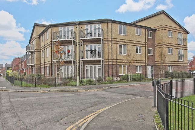 2 bed flat for sale in Halter Way, Andover SP11