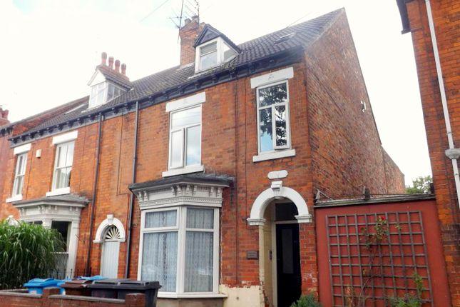 Thumbnail Flat to rent in Marlborough Avenue, Princes Avenue, Hull