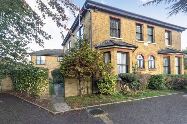 Thumbnail Flat to rent in Staines Road East, Sunbury-On-Thames
