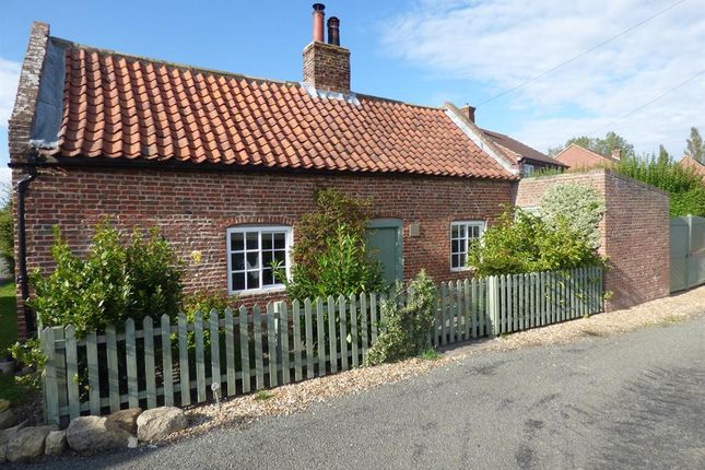 2 bed detached house for sale in Poors End, Grainthorpe, Louth LN11