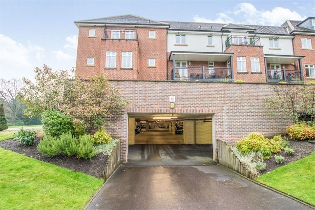 Thumbnail Flat for sale in Beacon Crescent, Hindhead, Surrey