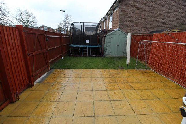 Woodmarsh close whitchurch bristol bs14 3 bedroom end for 64 rustic terrace bristol ct