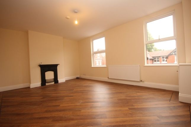 Thumbnail Flat to rent in Halkyn Road, Hoole, Chester