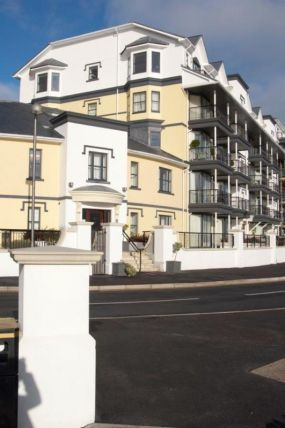 Thumbnail Flat to rent in Kensington Apartments, Imperial Terrace, Onchan