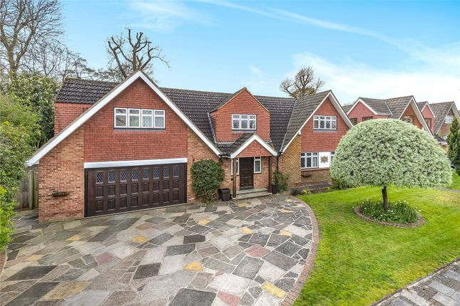Thumbnail Town house for sale in Percival Road, Orpington
