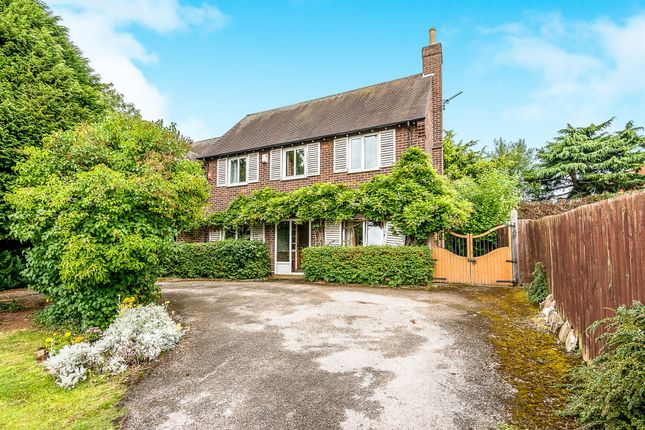 Thumbnail Detached house for sale in Beacon Street, Lichfield