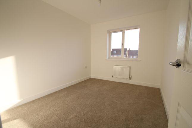 Bedroom 2 of President Road, Buckinghamshire, Aylesbury HP18
