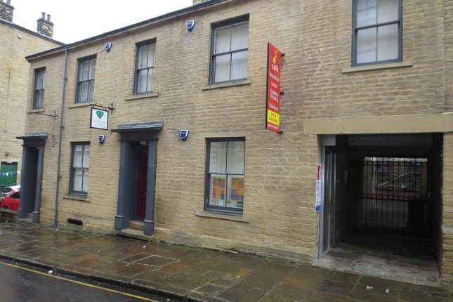 Thumbnail Restaurant/cafe to let in Chapel Street, Bradford
