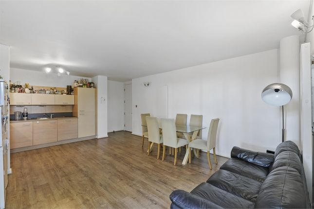 Thumbnail Flat for sale in Farnsworth Court, West Parkside, London