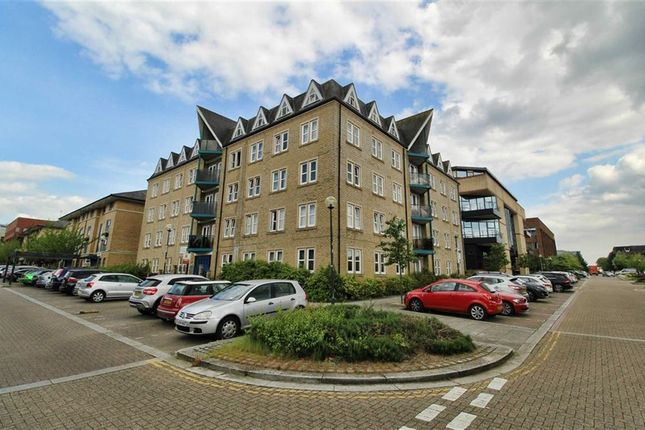 Thumbnail Flat for sale in Clarence House, 152 North Row, Bucks