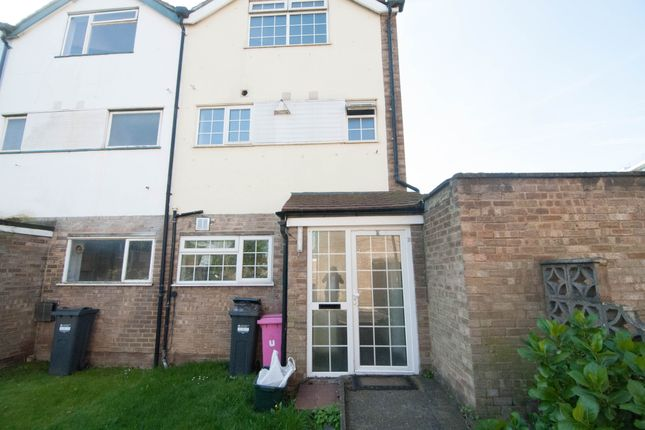 Thumbnail Semi-detached house to rent in Keysham Close, Hounslow