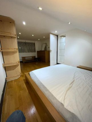 Thumbnail Terraced house to rent in Aberdor Road, Ilford